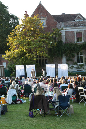 The Importance of Being Earnest at Deans Court