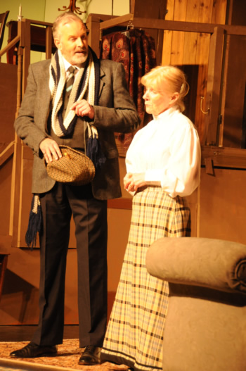 Professor Marcus (Richard Neal) and Mrs Wilberforce (Sheila Dove)
